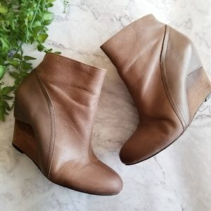 Vince Camuto | Hillari Taupe Leather Wedge Booties